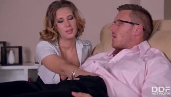 Blonde hottie Jolene gets her pussy fucked from be